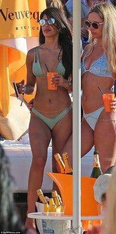 Naked jasmine lennard, free matures in stockings image blog