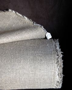 raw irish linen : natural . heavy-wt / for upholstery X