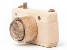Rose Wooden Zoom Camera