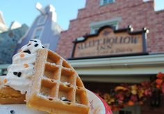 Magic Kingdom, Sleepy Hollow - Spiced Pumpkin Waffle Sundae