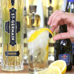 It's Easy, It's Aromatic —It's an End-of-Summer St-Germain Cocktail!