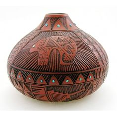 Material: pottery Height: 6-1/4 inch Width: 8-3/8 inch Handcrafted Hand-painted Condition: new Native American Artist: Timberly Tom Marked: T. Tom, L. Sam, Dine