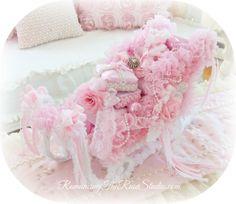 Yummy Pinkalicious Embellished Sled