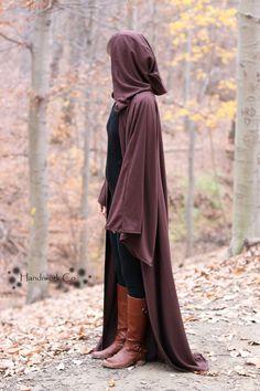 DIY how to guide for making a Jedi robe. Jedi Cosplay, Cosplay Diy, Halloween Cosplay, Homemade Costumes, Diy Costumes, Cosplay Costumes, Diy Jedi Costume, Jedi Cloak, Jedi Robe