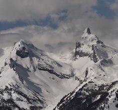 Pointe d'Aufalle m) et Petit Muveran m) Mountain Photography, Great Life, Mountain S, Carpe Diem, Mount Everest, Nature, Photos, Travel, Naturaleza