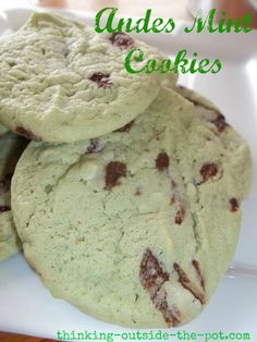 Andes Mint Cookies   >   I love mint chip cookies