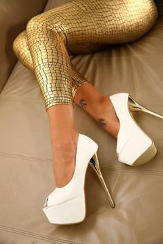 Hot High Heels and leggings!