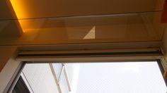 ガラス製キャットウォーク。下から見れちゃいます。