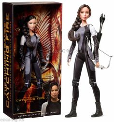 Barbie Collector Katness Everdeen Doll in Future Suit Hunger Games Catching Fire