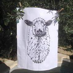 Awesome Kitchendecorotion, tea towel, dishtowel, halvlinen, screenprinted with oecofriendly coulor Illustration, Tapestry, Unique Jewelry, Handmade Gifts, Berlin, Vintage, Etsy, Home Decor, Screen Printing Process