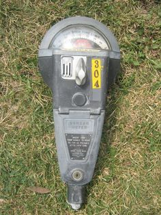 parking meter w/3 different coins slots