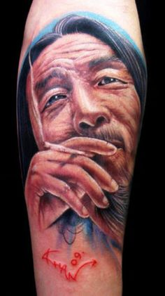 Portraits tattoo by Khan Tattoo Tattoo E Piercing, 7 Tattoo, World Tattoo, Color Tattoo, Body Art Tattoos, Piercings, Creative Tattoos, Great Tattoos, Tattoos For Guys