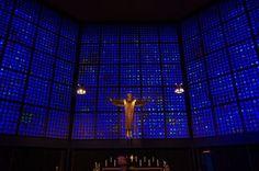 ここは海の中!?真っ青なステンドグラスの教会・ベルリン「カイザー・ヴィルヘルム教会」   ドイツ   トラベルjp<たびねす>
