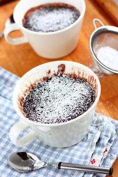 Helppo suklainen mug cake eli mukikakku - Suklaapossu Dessert Recipes, Desserts, How To Make Cake, Kitchens, Food And Drink, Heaven, Sweets, Cakes, Chocolate