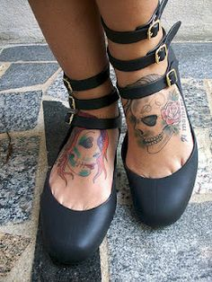 Love the shoes, can't stand the tats www.2dayslook.com