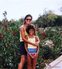 . . . my green haven: FLASHBACK ins jahr 2001. jana and me in mallorca.