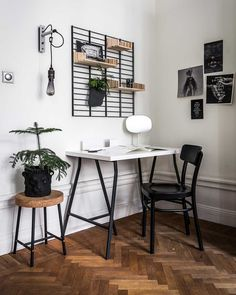 worskpace, home office, design work table, scandinavian interior, houseplant – toptrendpin. Home Office Setup, Home Office Furniture, Office Ideas, Office Interior Design, Office Interiors, Scandinavian Office, Scandinavian Style, Small Workspace, Apartment Office