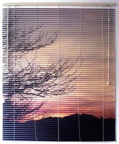 Bruno Vieira    Vista Inevitável 9  2009  Fotografia impressa sobre persianas de madeira  105 x 140 cm