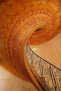 stairway to heaven Beautiful Architecture, Beautiful Buildings, Art And Architecture, Architecture Details, Grand Staircase, Staircase Design, Luxury Staircase, Balustrades, Beautiful Stairs