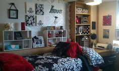Another plain dorm room made cute by accessorizing and color coordinating. Shelves are nice.