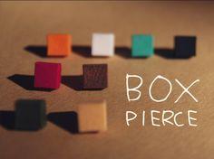 -----------------------------------カラフルな箱達のピアス左右セットでの販売となりますご注文の際は・1~12から色をお選びく...|ハンドメイド、手作り、手仕事品の通販・販売・購入ならCreema。