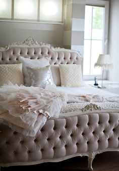 Décor Diva: The Secret To A Decadent Boudoir Bedroom