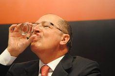 """""""Não haverá racionamento em São Paulo."""" (04/02/2014)   7 vezes em que Alckmin mentiu publicamente sobre a crise da água em SP"""