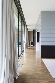 BINNENKIJKEN. Discrete luxe met uitzicht - De Standaard: http://www.standaard.be/cnt/dmf20151105_01956369