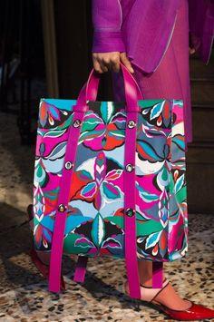 Vintage Bags Emilio Pucci at Milan Fall 2018 (Details) - Emilio Pucci at Milan Fashion Week Fall 2018 - Details Runway Photos Hermes Handbags, Fashion Handbags, Purses And Handbags, Fashion Bags, Leather Handbags, Fashion Accessories, Womens Fashion, Hermes Bags, Ladies Fashion