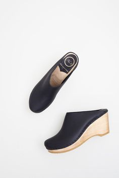 16872085f35e Image of No.6 New School Clog on Wedge in Black Brooklyn Style