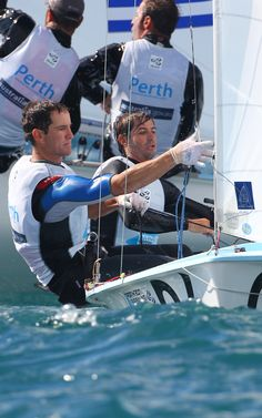 Lucas Calabrese and Juan de la Fuente will be Argentina's Olympic athletes at London 2012