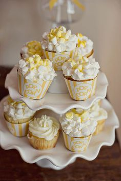 Popcorn cupcakes for a carnival themed party - so cute! #wedding