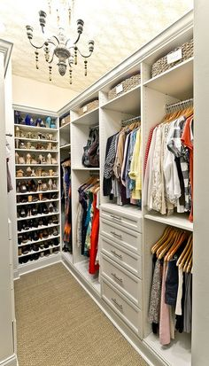 Distinctive closet layout ideas will surely offer help to create the most of your own closet space appropriately. A super closet layout is probably the 1 route in the management of great storage space. Instead, if you would like your… Continue Reading → Best Closet Organization, Closet Storage, Bedroom Storage, Bedroom Organization, Organization Hacks, Master Closet Design, Master Bedroom Closet, Small Master Closet, Wardrobe Design