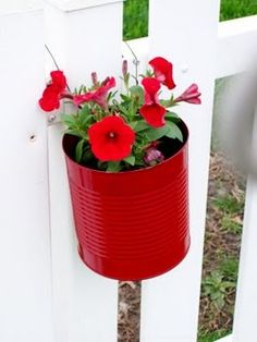 Turning empty cans into planters