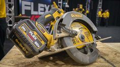 What is DeWalt FlexVolt Technology? - http://www.protoolreviews.com/tools/dewalt-flexvolt-technology/24441/