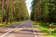 By what means do you normally travel in order to reach your holiday destination? By car? By plane? By train? By bus? I can imagine that it usually depends on how far your holiday destination is. Now, can you imagine that you would walk that distance? In Lithuania we met a guy from Finland. He …