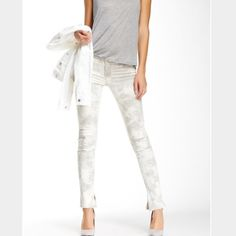 """HP J Brand Mid Rise Rail in Fame Tie-dyed effect details these distressed skinnies with slit cuffs. Top button closure, zip fly, five-pocket style. 92% cotton, 7% polyester, 1% elastane. Approx. 8.5"""" rise, 30"""" inseam. Brand new. Price is firm and trades. J Brand Jeans Skinny"""