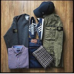 Style Need A Boost? If you have tried to match and mix with the clothes in your closet, you know how hard it is Football Casual Clothing, Football Casuals, Football Outfits, Men's Football, Casual Co, Moda Casual, Casual Wear, Casual Attire, Mode Masculine