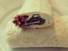 Wrap it up! Heerlijke wrap. Inpakken en wegwezen! Klik hier voor het recept. Spanakopita, Up, Sandwiches, Tacos, Mexican, Ethnic Recipes, Food, Essen, Meals