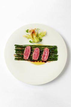 I am a so so cook but there is nothing more appealing to me than a well composed plate of food. This post is dedicated to the many ways well known cooks present a dish. I'd leave the cooking …