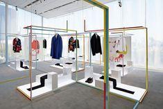 「ディオールオム」のクリエーティブディレクターのクリス・ヴァン・アッシュとM/M Parisによるスペシャルインスタレーション