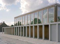 Gemeindezentrum in Belgien von Rapp+Rapp / Präzision des Beton - Architektur und Architekten - News / Meldungen / Nachrichten - BauNetz.de