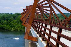 High Trestle Trail Bridge  / RDG Planning & Design | ArchDaily