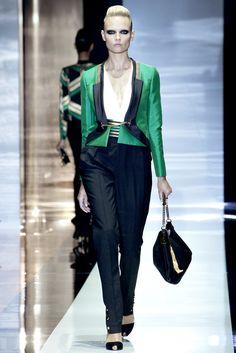Gucci Spring 2012 Ready-to-Wear Fashion Show - Natasha Poly