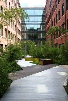 Court Square Press Courtyard, Boston, Massachusetts Landworks Studio, Inc., Salem, Massachusetts