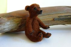 Needle felted baby bear - by Elina Detsi
