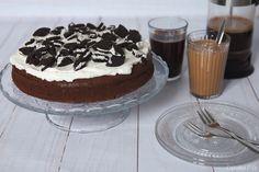 Saftiger Schokoladenkuchen mit Vanille-Zimt-Creme und Oreos {Cupcakes & Co cupcakesundco.wordpress.com}