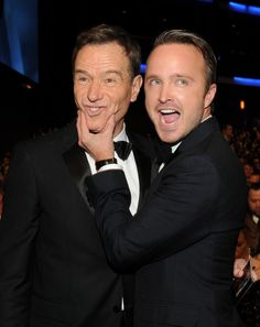 Aaron Paul and Bryan Cranston 3 The Internet is freaking out that Aaron Paul and Bryan Cranston didnt win Emmys (4 pictures)