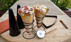Tá afim de comer uma pizza? Então olha só esse kit pra fazer pizza em formato de cone… que delícia! #hiperoriginal #pizza #cone #kit #delícia #fome #HO!