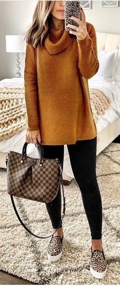 51 Stunning casual fall outfit with sneakers - . - 51 stunning casual fall outfit with sneakers – # Transluce - Trendy Fall Outfits, Fall Winter Outfits, Casual Outfits, Cute Outfits, Dress Casual, Fall Outfits 2018, Purple Fall Outfits, Comfy Fall Outfits, Comfortable Winter Outfits